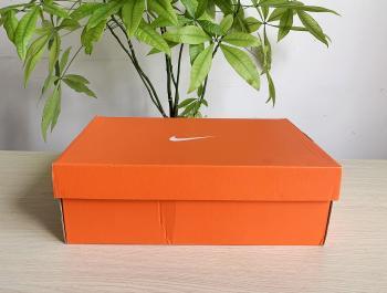 Hộp giấy đựng giày 02