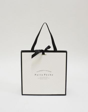 Túi giấy đựng thời trang 02